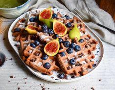 vegane Schokowaffeln  -  vegan Chocolate Waffles #rezept #recipe #vegan Gluten Free Baking, Vegan Gluten Free, Chocolate Waffles, Vegan Lifestyle, Acai Bowl, Food To Make, Cereal, Vegan Recipes, Breakfast