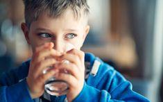 Smakar kranvattnet illa eller har konstig färg? Det är inte lätt att själv veta vad som kan vara fel med vattnet, och farliga ämnen som varken syns eller luktar, är svåra att upptäcka. Så här gör du för att garantera friskt dricksvatten om du har... Couple Photos, Couples, Water, Couple Shots, Gripe Water, Couple Photography, Couple, Couple Pictures