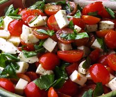 Easy, delicious and healthy Caprese Salad with Grape Tomatoes, Mozzarella & Basil recipe from SparkRecipes. See our top-rated recipes for Caprese Salad with Grape Tomatoes, Mozzarella & Basil. Basil Recipes, Great Recipes, Salad Recipes, Favorite Recipes, Salada Caprese, Caprese Salat, I Love Food, Good Food, Yummy Food