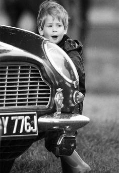 "child of Prince Charles of Wales & Princess Diana Spencer. Prince ""Harry"" (Henry Charles Albert David) of Wales Prince Harry Of Wales, Prince William And Harry, Prince Harry And Megan, Prince Henry, Royal Prince, Prince Charles, Baby Prince, Diana Spencer, Princess Kate"