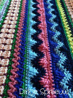 DirkjeSpreeuw Friendship Bracelets, Afghans, Blog, Carpet, Bedroom, Ceilings, Crochet Blankets, Blogging, Friend Bracelets