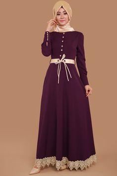 Etek Ucu Dantel ve Kemerli Elbise MSW8138 Mürdüm Modesty Fashion, Muslim Fashion, Women's Fashion Dresses, Hijab Fashion, Hijab Evening Dress, Batik Fashion, Abaya Designs, Muslim Dress, Islamic Clothing
