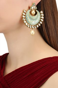 Zevar by Geeta presents Gold finish kundan and meena work chandbali earrings available only at Pernia's Pop Up Shop. Indian Jewelry Earrings, Indian Wedding Jewelry, Jewelry Design Earrings, Gold Jewelry, Necklace Designs, Antique Jewellery Designs, Fancy Jewellery, Stylish Jewelry, Jewelry Party