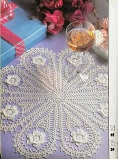 CROCHET DOILIES,NAPPERON AUX CROCHET ~ crochet today