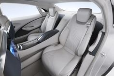 The Buick Avenir concept shown at the 2015 Detroit auto show could be the brand's new Omega-based flagship. Car Interior Design, Automotive Design, Buick Avenir, Detroit Cars, 2015 Buick, Holden Australia, Buick Models, Mid Size Suv, Rear Wheel Drive