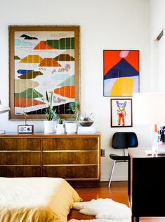 This space has so much warmth! So important to remember in such a modern world! #warm #color #artdeco
