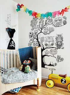 Beautifully Small - clever ideas for compact spaces (via Bloglovin.com )
