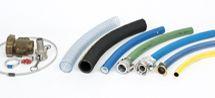 Slangen | Ridderflex & Plastics biedt u een uitgebreid assortiment aan kwalitatief hoogwaardige slangen, slangkoppelingen en toebehoren. Onze slangen kunnen in vele uitvoeringen, lengten en diameters worden geleverd.