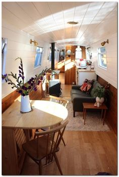 Houseboat Interiors Ideas (10)