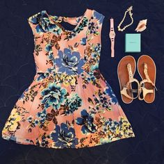 Forever 21 Floral Dress Great condition; 2nd photo is true to color; Offers welcome  Forever 21 Dresses