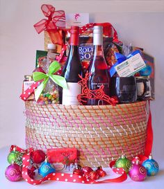 Holiday Gift Baskets, Wine Gift Baskets, Holiday Gifts, Coffee Baskets, Things To Do In Kelowna, Real Estate Gifts, Wine Cellars, Spa Gifts, Wine Festival