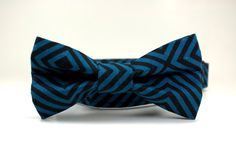 Black and Blue Striped Dog Collar and Bow Tie Set / Dog Collar Bow Tie Set / Removable Dog Bow Tie - pinned by pin4etsy.com