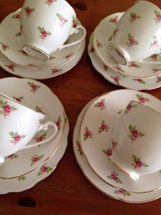 Beautiful Rose China Royal Grafton perfect for a sunny afternoon tea in the garden