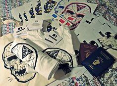 London Comic Con Travel Goodies #ReturntoFleet #Invasion #Skulduggery #Brand #Geek #ScreenPrint #Studio #Blog #GeekArt #Tshirts #Products #Website #Life