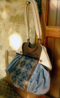 Tote handmade bag with flaps on leather and wool di solgabriel, €107.00