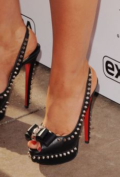 Want these now, please.. Got everything I adore; Peep Toe, Spikes and Bows YESSSS!!! :) #christianlouboutinheels