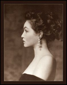 Julie Newmar looking ravishingly gorgeous in side profile. #vintage #1950s #fifties