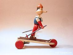 Visualizza Album: Giocattoli Pull Toy, Wooden Pegs, Album, Pinocchio, Dolls, Vintage, Recycle Art, Wooden Toys, Objects