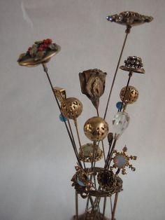 3: Vintage Victorian Hat Pins & Holder : Lot 3
