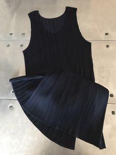 Issey Miyake pleats please mini dress, dark blue unique dress, Authentic vintage Issey Miyake tunic , high fashion dress by NUKOBRANDS on Etsy https://www.etsy.com/listing/491071274/issey-miyake-pleats-please-mini-dress