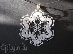 White Flower Lace Pendant - handmade bobbin lace jewelry