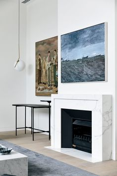 Wonderful Pic Contemporary Fireplace marble Style Modern fireplace designs can cover a broader category compared for their contemporary counterparts. Contemporary Fireplace, House Design, Candles In Fireplace, Fireplace Garden, Cozy Fireplace, House, Marble Fireplaces, Shiplap Fireplace, Modern Fireplace