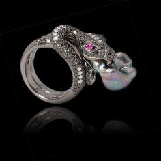 Nuestra #JoyeríaExclusiva cuenta con increíbles detalles y una elaboración impecable... #PiezasKohinor de calidad incomparable.  #KohinorJoyas #AltaJoyería #Joyas #Joyeria #Arte #Kohinor #Jewels #Jewelry #Art