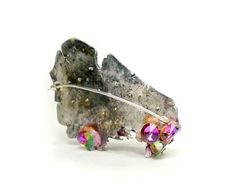 Xiao Liu  Brooch: Fragments of tradition 2012  Paper pulp, stones, silver  5 x 4 x 2 cm  reverse side