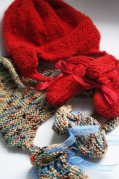 Free Knitting Pattern for Baby Hat & Booties