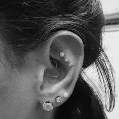 Triple helix / flat piercing Daith piercing