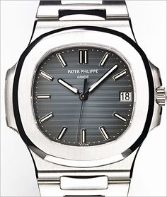 PATEK PHILIPPE SA - Nautilus Ref. 5711/1A-010 Stainless Steel