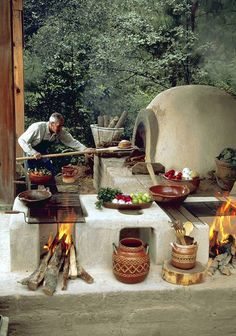 Cooking outdoors at Outdoor Kitchen brings a different sensation. We can use our patio / backyard space to build outdoor kitchen. Outdoor kitchen u. Garden Pizza, Pizza Oven Outdoor, Mexican Kitchens, Hacienda Style, Mexican Hacienda, Wood Fired Oven, Rocket Stoves, Earthship, Mexican Style