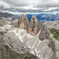 "3,297 Likes, 28 Comments - Dolomiti (@dolomites) on Instagram: ""Tre Cime di Lavaredo #trecimedilavaredo #dolomiti #dolomites"""