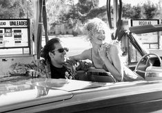 PICTURES OF YOU — Nicolas Cage, Laura Dern @ Wild at Heart (David...