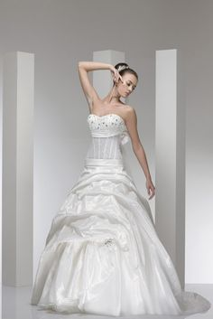 Model Azul By Le Rose Italian Wedding Dresses Traditional Type Pinterest And Weddings