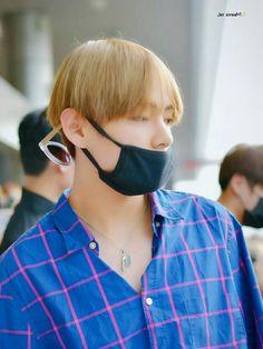 [160527] BTS at Gimpo Airport Go To Japan  #BTS #BANGTAN  #방탄소년단의 #防弾少年団