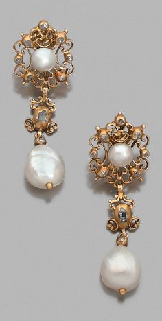 Earrings, end of XVII cent.