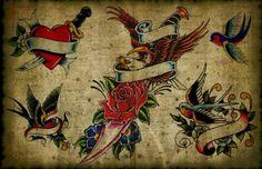 Le pareti erano quasi interamente rivestite da immagini incorniciate: mostri, teschi, draghi, farfalle, serpenti, cuori...