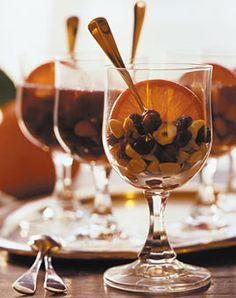 Honig-Glühwein mit Studentenfutter - Getränke: Glühwein, Kakao & Co. - [LIVING AT HOME]