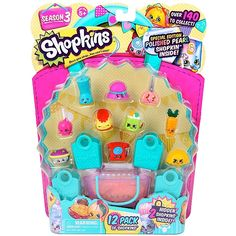 Check out this massive pack of Shopkins stuff! You'll have shelves of fun with this pack of 12 Shopkins, 1 shopping basket and 4 bags! Plus a Shopkins list collector's guide! Shop to it now and avoid the rush at the check-out! Shopkins List, Shopkins Season 3, New Shopkins, Shopkins Moose, Shopkins Ideas, Shopkins Cake, Tween Girls, Toys For Girls, Craft Fair Displays