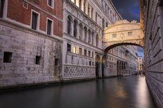 Ponte dei Sospiri by Jo Vittorio - Venezia