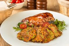 Vegetable Fritters Fritters, Tandoori Chicken, Vegetable Recipes, Food And Drink, Turkey, Yummy Food, Dishes, Meat, Vegetables