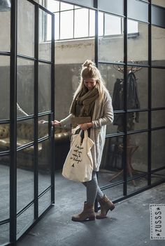 Cool Outfits, Fashion Outfits, Raincoat, Casual, Dutch, Jackets, Clothes, Outdoor, Fashion