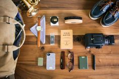 Gifts for Guys - Men's Bags, Wallets, Watches, and more.   Maxton Men :: Maxton Men