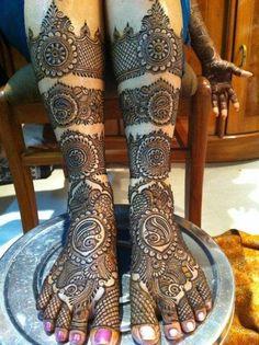 Bridal Leg Mehendi Design