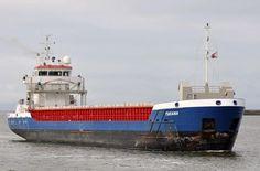 """Buque: """"TUCANA"""". Tipo: Carga general y contenedores. Año de construcción: 2008. IMO: 9455674. DWT: 2.545 Tm.  Propietario: C.V. Toucan, Heerhugowaard / Toucan Maritime. Operador: Wagenborg Shipping B.V. (Delfzijl).Dimensiones: Eslora 88,95 m. Manga 12,50 m. Calado 5,42 m. Potencia: 2.067 CV. Velocidad media: 12,5 nudos. Identificativo: PBAQ. Bandera: Holanda. KOOPVAARDIJ."""