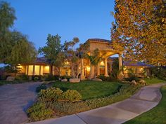 Today's FEATURED Las Vegas community; MOUNTAIN TRAILS! (Summerlin)  To preview homes available for sale in this or any Las Vegas community visit: www.LasVegasValleyHomes4Sale.com