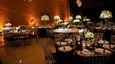 Wedding decor: love the table decor!