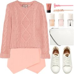 How To Wear And it's coming closer Outfit Idea 2017 - Fashion Trends Ready To Wear For Plus Size, Curvy Women Over 20, 30, 40, 50