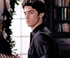 105 images about Jess y Rory😍💫❣️ on We Heart It | See more about gilmore girls, jess mariano and love Gilmore Girls Cast, Jess From Gilmore Girls, Milo Ventimiglia Gilmore Girls, Rory And Jess, Glimore Girls, Dream Boy, Hot Boys, Gossip Girl, Celebrity Crush